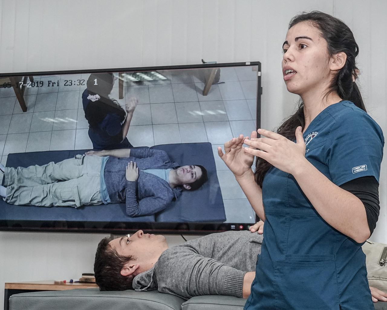 Laboratorios virtuales producen aprendizajes efectivos en estudiantes de Salud