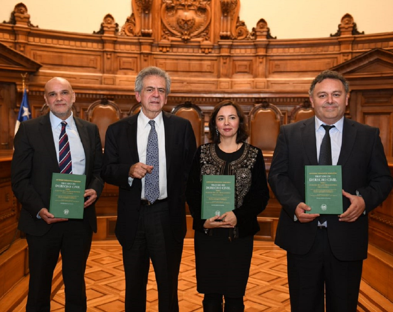 Académica actualizó texto clave del Derecho Civil