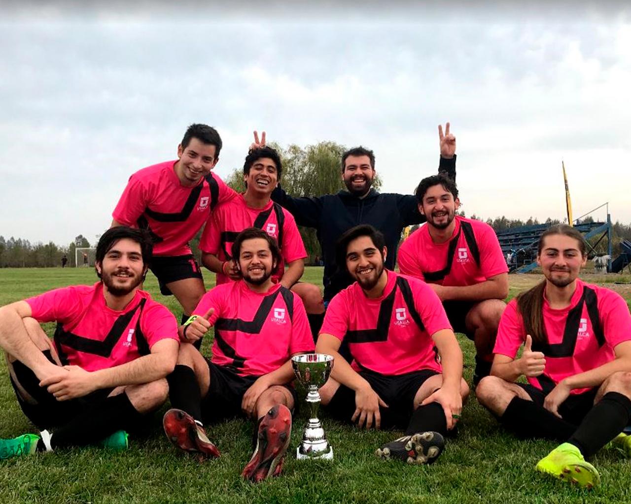 Equipo de Linares obtiene triunfo en futbolito