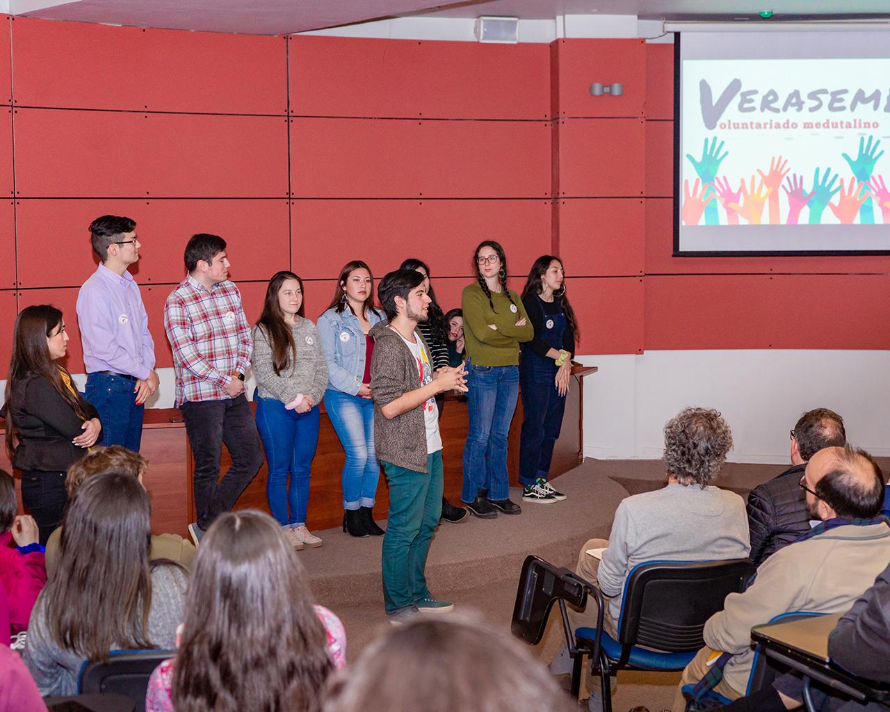 Estudiantes de medicina crean voluntariado con llamado a la acción social