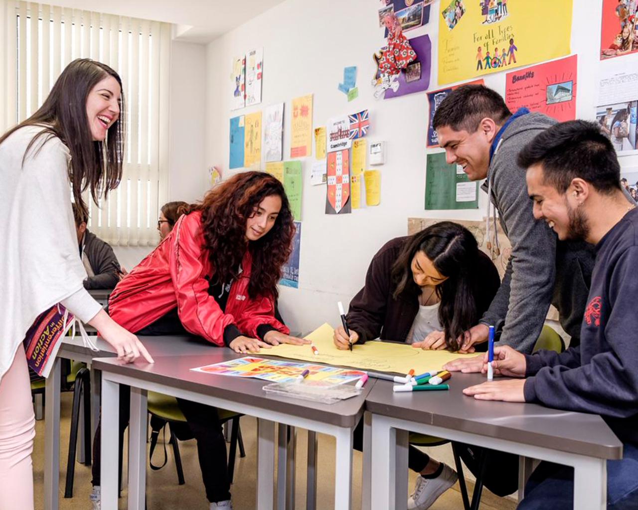 Académicos analizan cómo mejorar la enseñanza en el aula