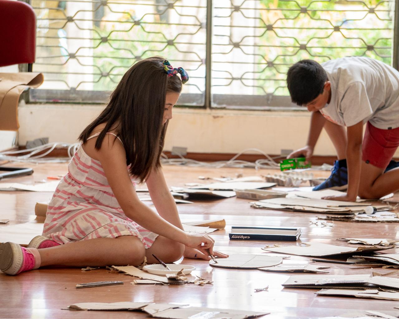 Niños y niñas aprendieron sobre fauna chilena y reciclaje a través del arte