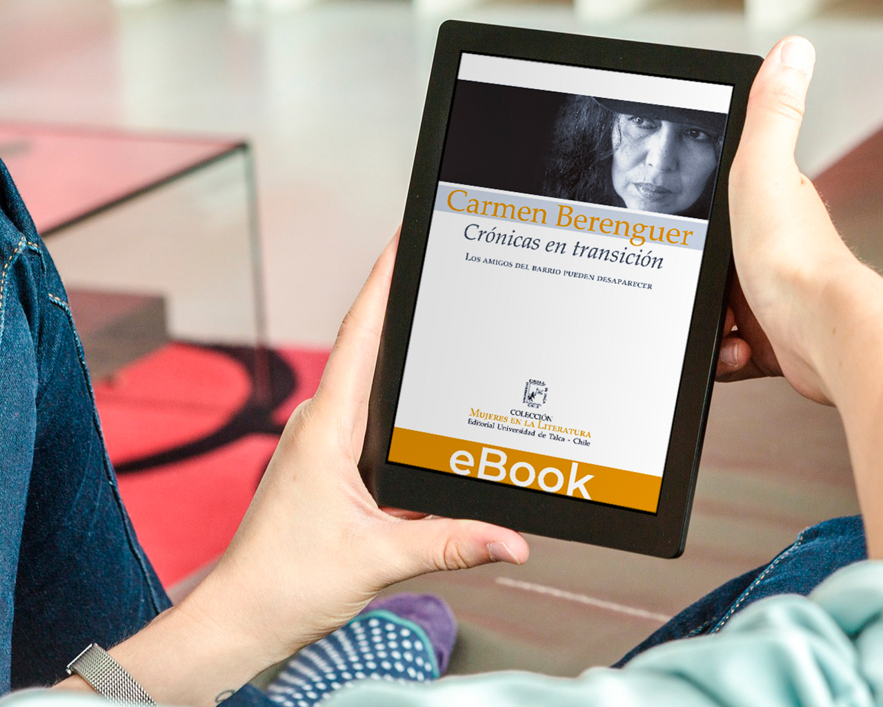 Editorial UTalca presentó versión electrónica de libro de crónicas de Carmen Berenguer