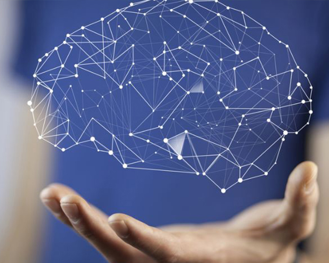 Presentan desafíos y experiencias en neurociencias