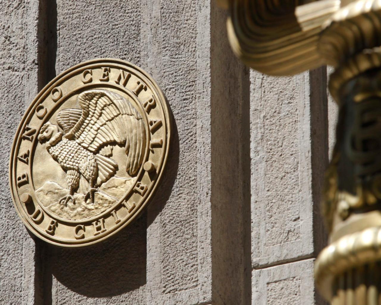 Programa Cieplan-UTalca examinó rol del Banco Central en la nueva Constitución